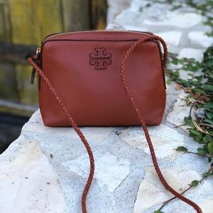 NWT Tory Burch Taylor camera bag leather Crossbody